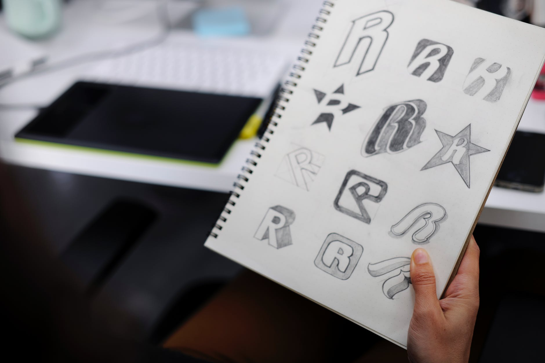 Effective Tips to the Hire Best Logo Design Company